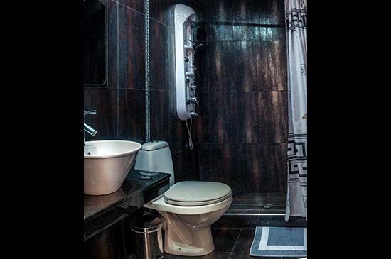 http://www.katianas-castelletti.gr/images/galleries/accommodation/kingsplus/5.jpg